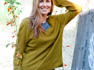 Niamh a soft sweater in High mountain Yak by Isabell